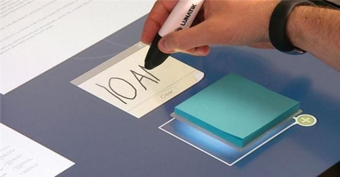 میز لمسی Bureau Dynamique