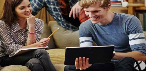 سامسونگ در حال ساخت تبلت ۱۲ اینچی ویندوز ۱۰ می باشد ؟